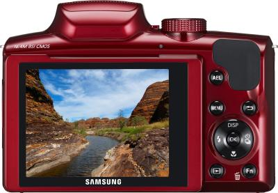 Компактный фотоаппарат Samsung WB2100 (EC-WB2100BPRRU Red) - вид сзади