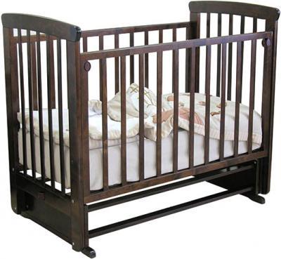 Детская кроватка Красная звезда Марина С702 (Шоколад) - на верхней планки кровати. резьба в виде звездочек
