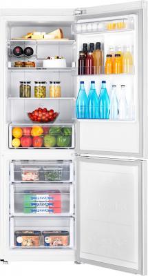 Холодильник с морозильником Samsung RB32FERNDWW/RS - внутренний вид