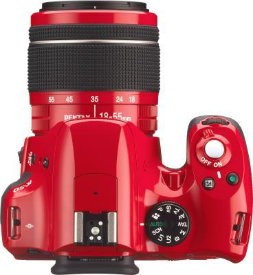 Зеркальный фотоаппарат Pentax K-50 Kit (DA L 18-55mm WR, красный) - вид сверху