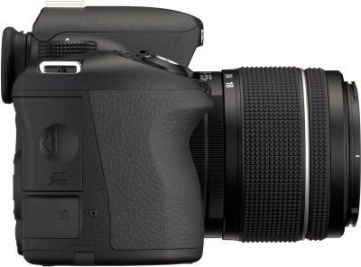 Зеркальный фотоаппарат Pentax K-50 Kit (DA L 18-55mm WR, черный) - вид сбоку
