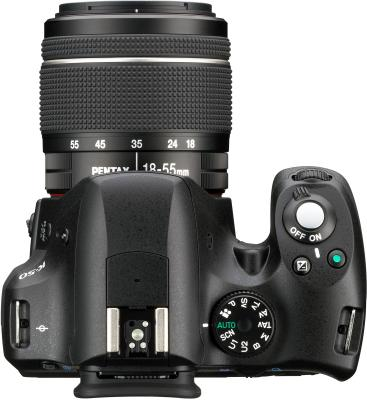 Зеркальный фотоаппарат Pentax K-50 Kit (DA L 18-55mm WR, черный) - вид сверху