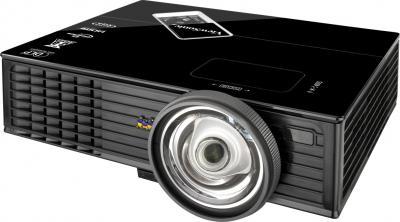 Проектор Viewsonic PJD5453S - общий вид