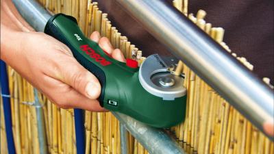Аккумуляторный резак Bosch Kseo (0.603.205.021) - в работе