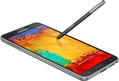 Смартфон Samsung N9000 Galaxy Note 3 (Black) - общий вид с перо S Pen