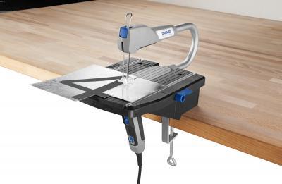 Профессиональный электролобзик Dremel Moto-Saw MS20-1/5 (F.013.MS2.0JС) - в работе