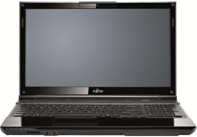 Ноутбук Fujitsu LIFEBOOK AH532 (AH532MC3A5RU) - фронтальный вид