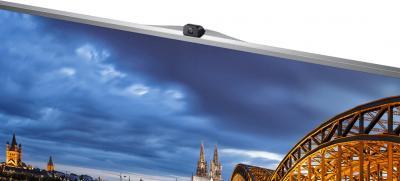 Телевизор Samsung UE55F8500AT - веб-камера