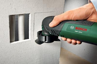Многофункциональный инструмент Bosch PMF 190 E (0.603.100.520) - в работе