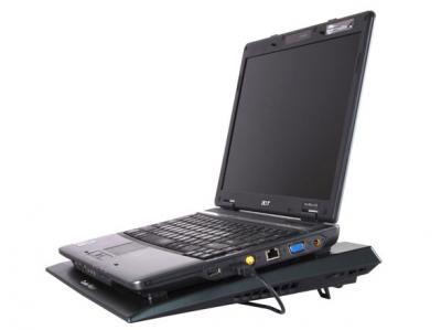 Подставка для ноутбука Cooler Master NotePal Ax (R9-NBC-4WBK-GP) - с ноутбуком