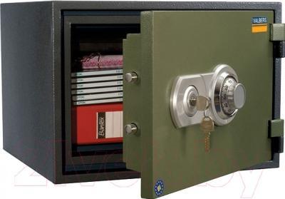 Офисный сейф Valberg FRS-32 CL