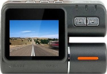 Автомобильный видеорегистратор Intro VR-670 - дисплей