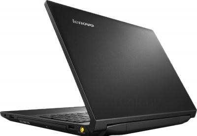Ноутбук Lenovo B590G (59387171) - вид сзади