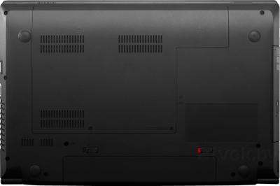 Ноутбук Lenovo B590G (59381385) - вид снизу