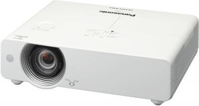 Проектор Panasonic PT-VX505NE - общий вид