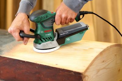 Эксцентриковая шлифовальная машина Bosch PEX 400 AE (0.603.3A4.002) - в работе