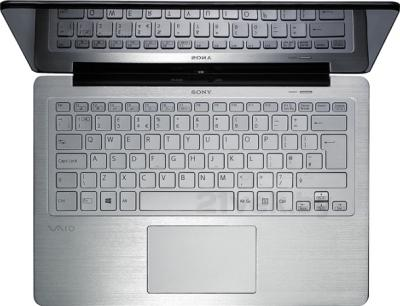 Ноутбук Sony VAIO SVF13N1J2RS - вид сверху