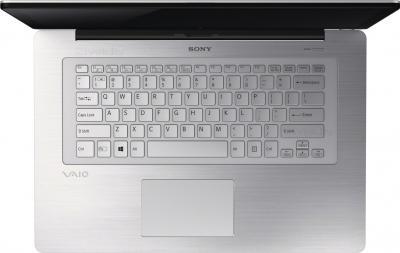 Ноутбук Sony Vaio SVF14N1J2RS - вид сверху