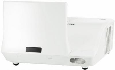Проектор Panasonic PT-CW240E - общий вид