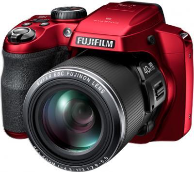 Компактный фотоаппарат Fujifilm FinePix S8200 (Red) - общий вид