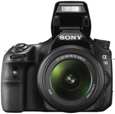 Зеркальный фотоаппарат Sony SLT-A58Y - вид спереди