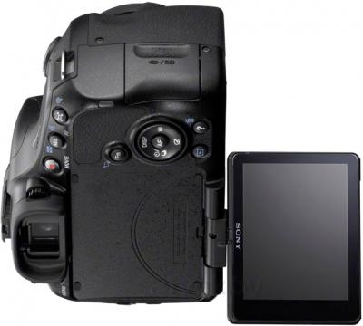 Зеркальный фотоаппарат Sony Alpha SLT-A65L - поворотный экран