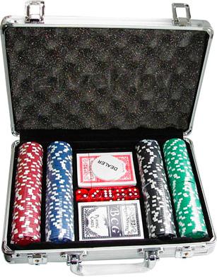 Набор для покера NoBrand S-1 (в чемодане, 200 фишек) - общий вид