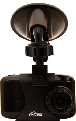 Автомобильный видеорегистратор Ritmix AVR-640 - общий вид с креплением