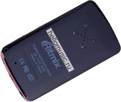 MP3-плеер Ritmix RF-7100 (8GB, черный) - вид сзади