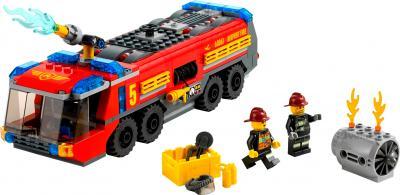 Конструктор Lego City Пожарная машина для аэропорта (60061) - общий вид