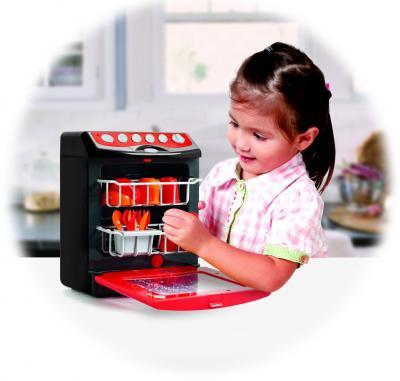 Игровой набор PlayGo Моя посудомоечная машина с посудой (3635) - ребенок во время игры