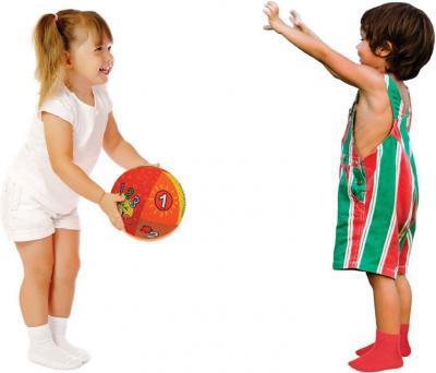 Развивающая игрушка K's Kids Говорящий мяч KA10621 - дети с мячом