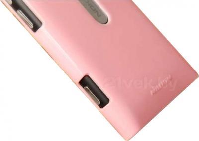 Задняя крышка для Nokia Lumia 800C Nillkin Shining (Pink) - вполоборота