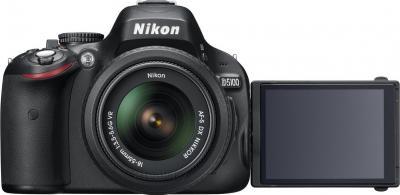 Зеркальный фотоаппарат Nikon D5100 Double Kit 18-55mm VR + 55-200mm VR - вид спереди, поворотный дисплей