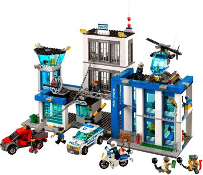 Конструктор Lego City Полицейский участок (60047) - общий вид