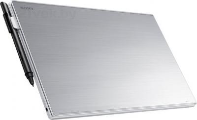 Планшет Sony Vaio SVT1122E2RW - вид сзади (клавиатура)