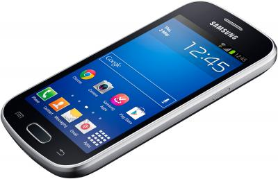 Смартфон Samsung Galaxy Trend Lite / S7390 (черный) - вид лежа