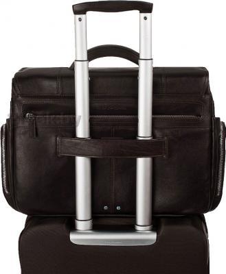 Сумка для ноутбука Piquadro Jazz (CA1045W17/M) - крепление на чемодане