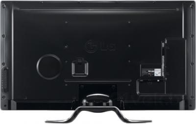 Телевизор LG 47LA790V - вид сзади