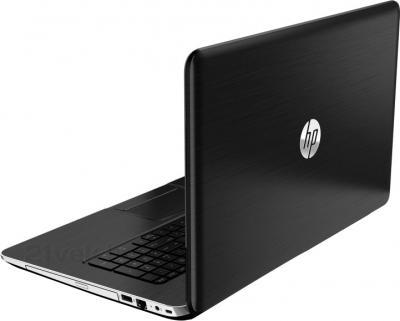 Ноутбук HP Pavilion 17-e150sr (F5B78EA) - вид сзади