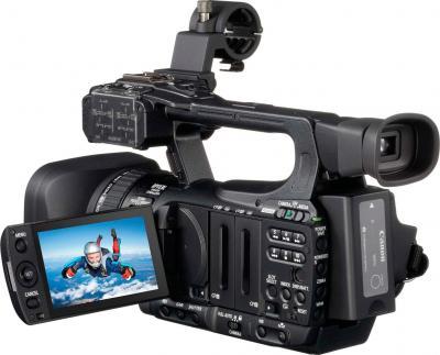 Видеокамера Canon Legria XF100 - вид сзади