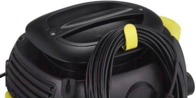 Профессиональный пылесос Karcher T 12/1 (1.355-101.0) - сматывание шнура