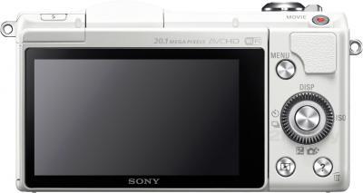 Беззеркальный фотоаппарат Sony Alpha ILCE-5000L (белый) - вид сзади