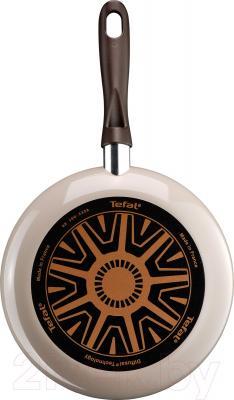 Сковорода Tefal Ceramic Control D4210272 - дно