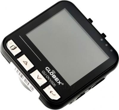 Автомобильный видеорегистратор Globex GU-DVV006 - дисплей