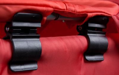 Кровать-манеж Caretero Medio Safari (Red) - крепление пеленального столика