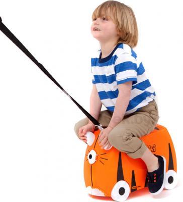 Детский чемодан Trunki Тигр (0085-WL01-P1) - верхом на чемодане