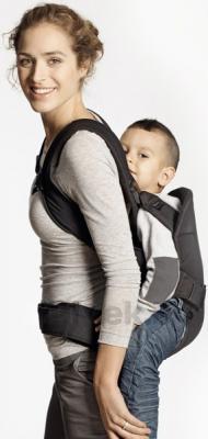 Эрго-рюкзак BabyBjorn One Cotton 0910.23 (черный) - ребенок сзади