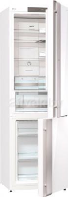 Холодильник с морозильником Gorenje NRK-ORA 62 W - с открытой дверцей
