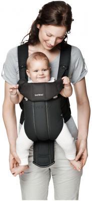 Эрго-рюкзак BabyBjorn Active Cotton Mix 0261.60 (черный) - ребенок в сумке